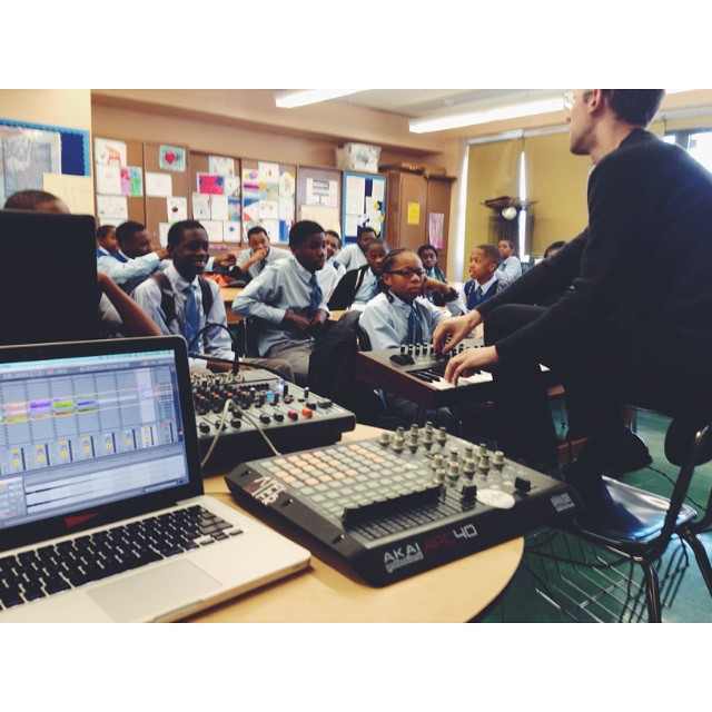 Giving Electronic Music classes to high school kids